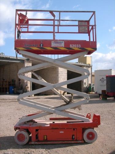 9 metre Scissor Lifts Battery Operated